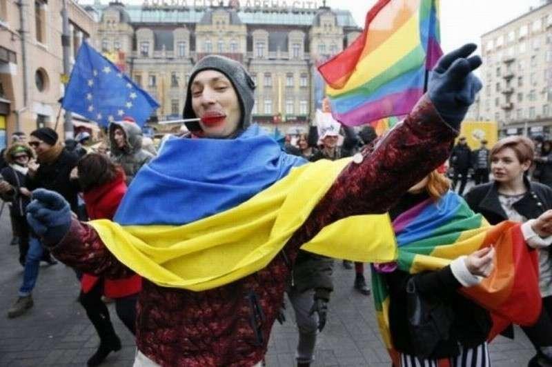 На Украине после «победы майдана» и «европейских ценностей» рождаемость упала почти на половину