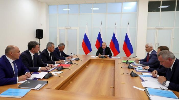 Владимир Путин провёл совещание по развитию космодрома Восточный и перспективных ракетных комплексов