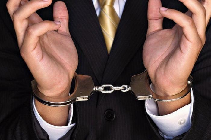 Краснодарский экс-судья осужден за вымогательство взятки