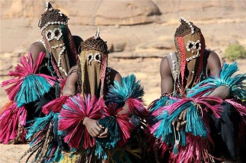 Догоны – загадочное африканское племя, знавшее о космосе больше европейских ученых