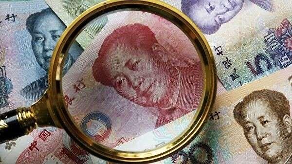Китайские банкноты номиналом 100, 50, 20, 10 и 5 юаней