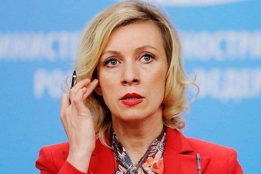 Мария Захарова на брифинге публично размазала украинского журналиста Романа Цимбалюка