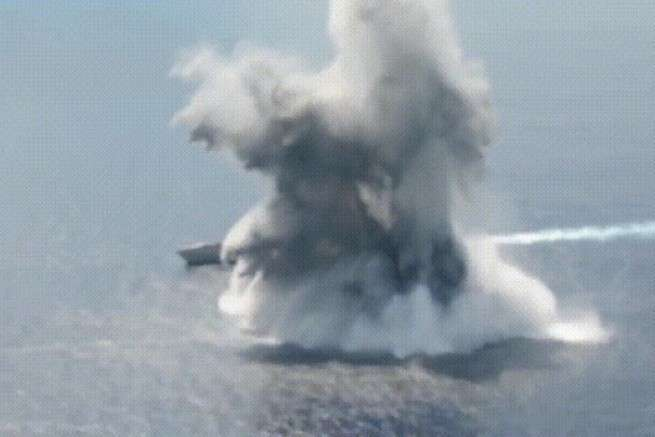 В США нашли угрозу своим авианосцам/ Саудовская Аравия купит российский