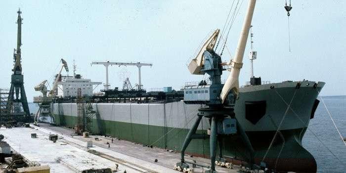 Николаевские корабелы вместо корветов выпускают «буржуйки»
