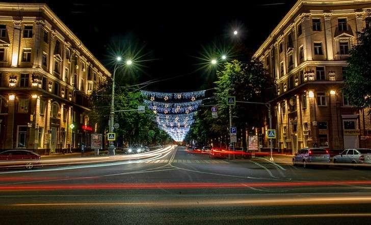 Реализовано масштабное и красивое освещение ночного Воронежа