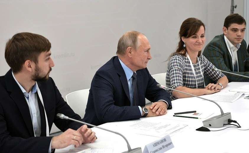 На встрече с лидерами технологических проектов и компаний Национальной технологической инициативы.