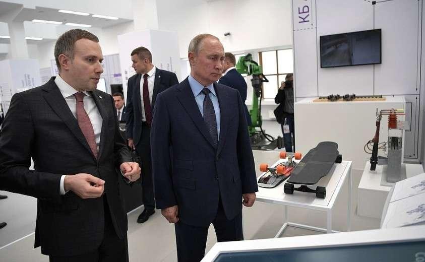 В ходе осмотра выставочной зоны «Конструкторское бюро АСИ».