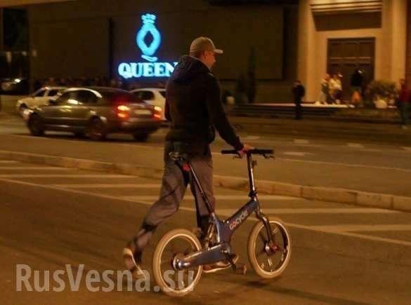 «Бубочка»: Кличко приехал на велосипеде спасать мост от террориста | Русская весна