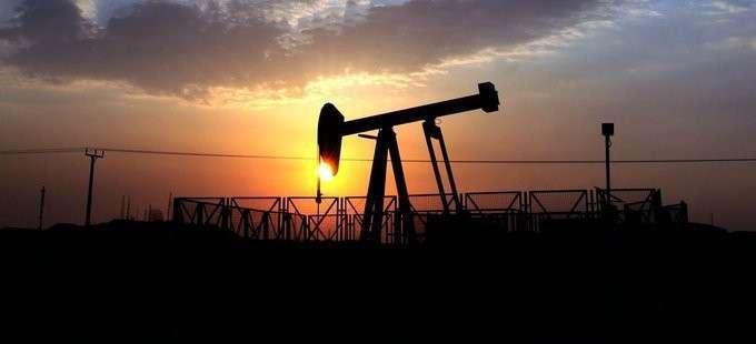 Саудовская Аравия обвалила техасскую нефть до критического уровня