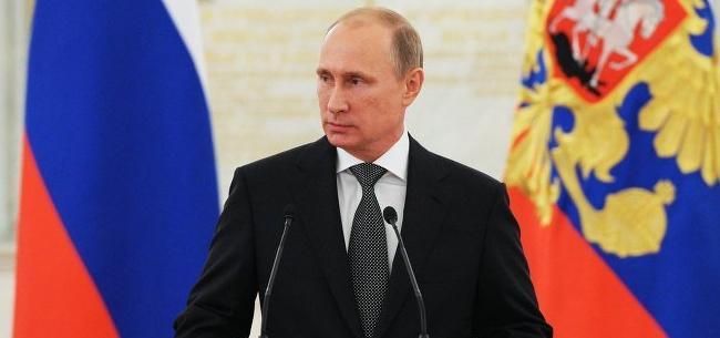 Владимир Путин подписал закон о запрете пропаганды фашизма