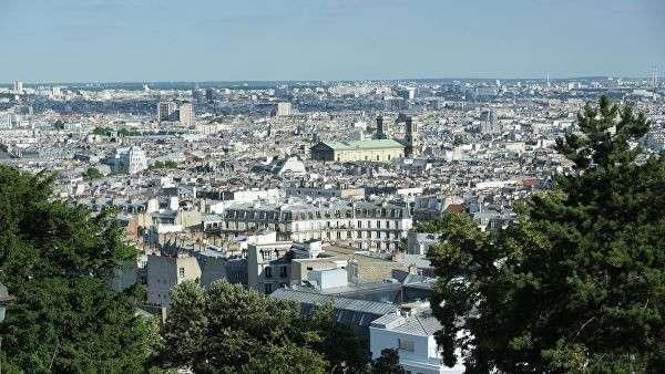 Вид на Париж с холма Монмартр
