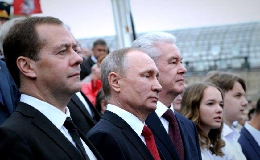Кремль, похоже, решил всерьёз заняться воспитанием элит