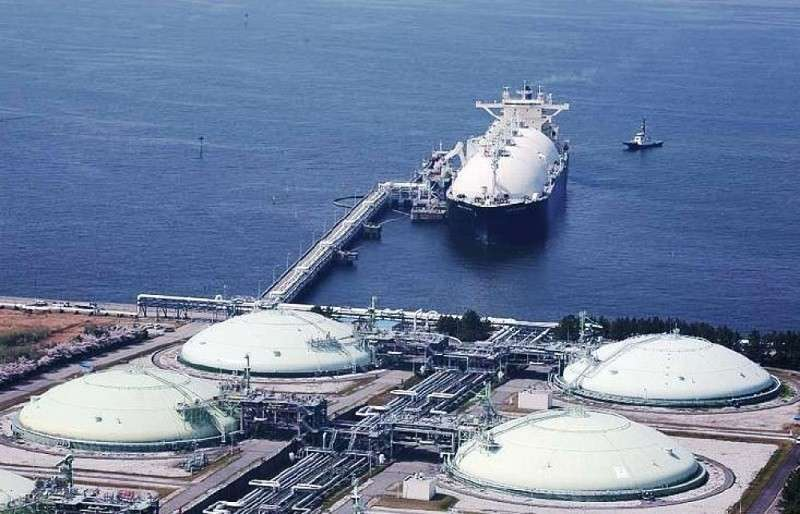Россия отбирает у США японский рынок газа
