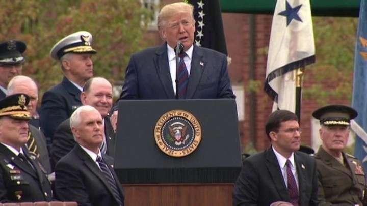 Дональд Трамп отчаянно пиарит ВПК США. Новое секретное оружие