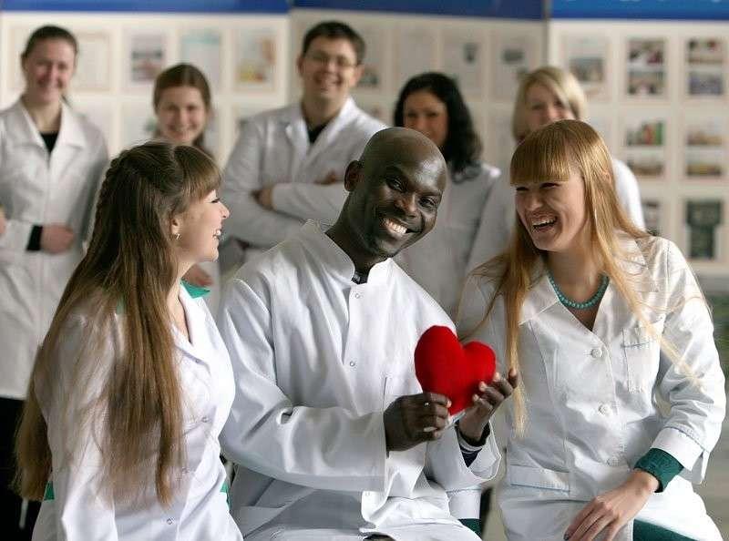 Число проходящих лечение в России иностранцев выросло в 15 раз за 2,5 года