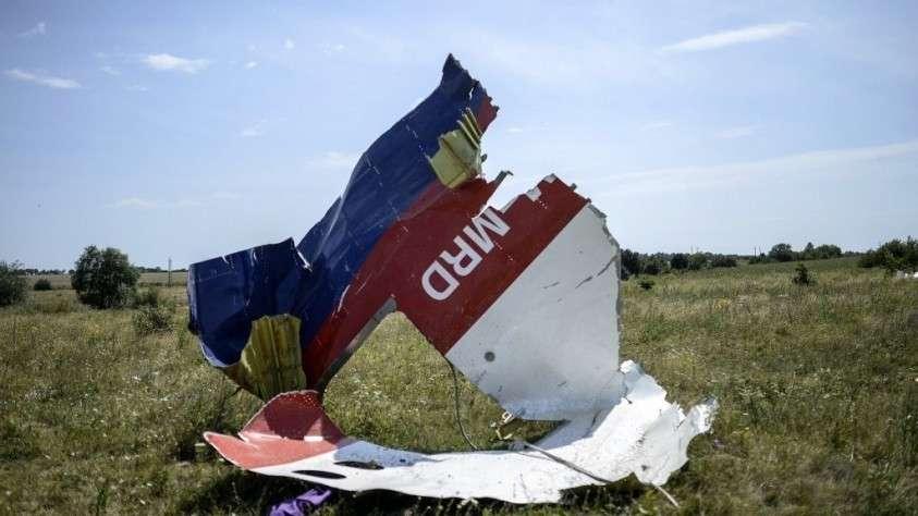 Парламент Нидерландов требует установить роль Украины в крушении МН17