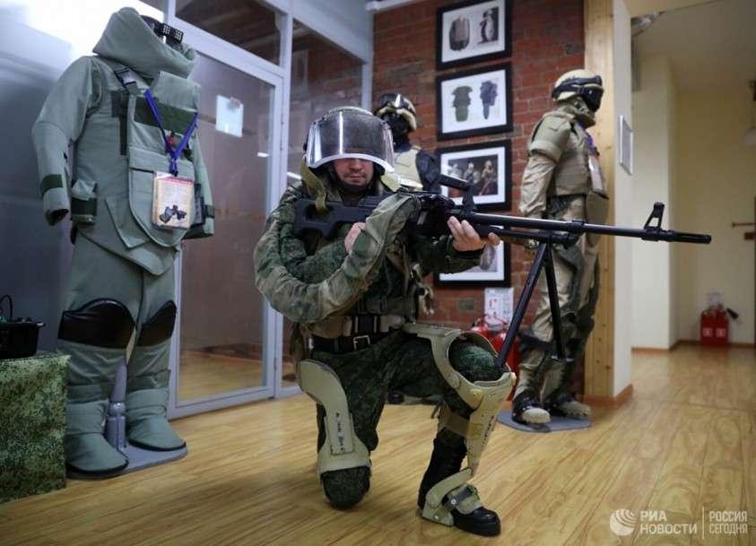 Российские учёные рассказали о бронескафандрах, гусеничных монстрах и оружии пехоты будущего