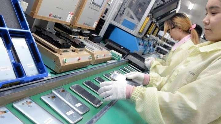 Производители техники уходят из Китая. Почему так происходит?