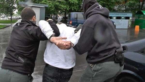 Кадры задержания уроженца Северной Осетии, спонсировавшего террористов в Сирии