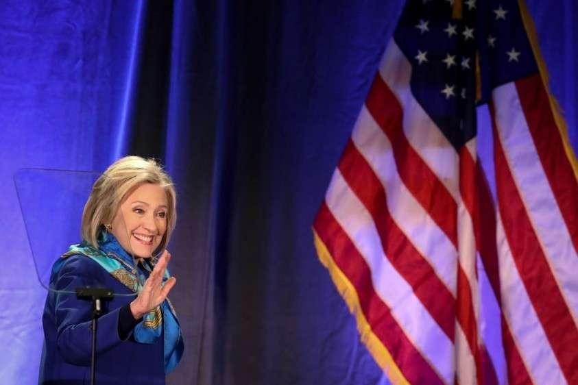 Похоже, бабушка Клинтон возвращается, чтобы отомстить России
