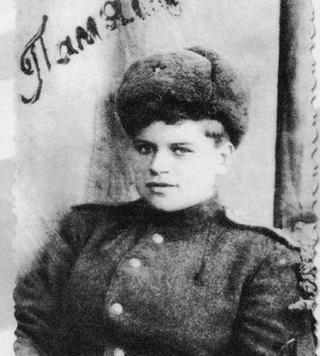 Фрау Черная смерть. Евдокия Завалий – единственная женщина-командир взвода морской пехоты в годы ВОВ