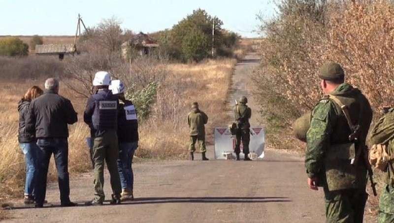 Украина сорвала разведение сил. Донбасс надеется на лучшее. Хроника событий