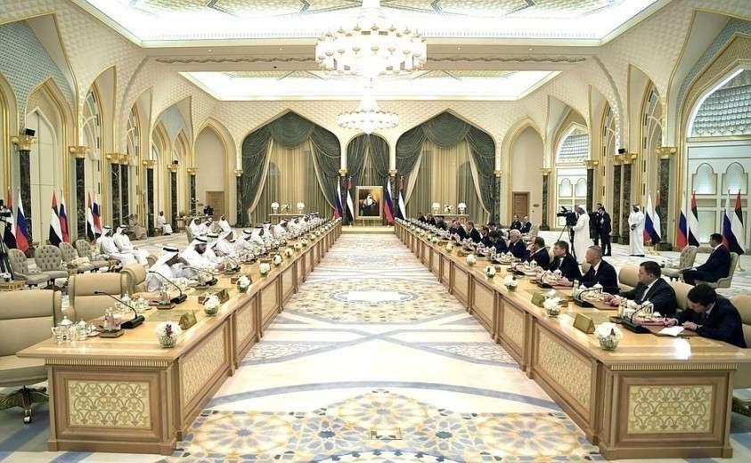 Встреча с представителями деловых кругов России и ОАЭ.