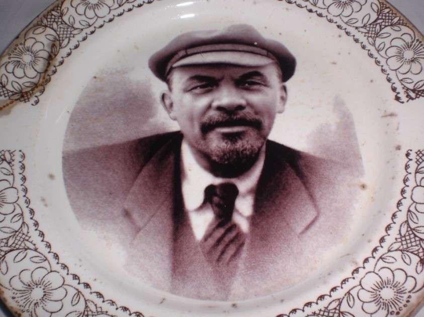 Как Ленин украл паспорт помещика Ленина и стал Лениным