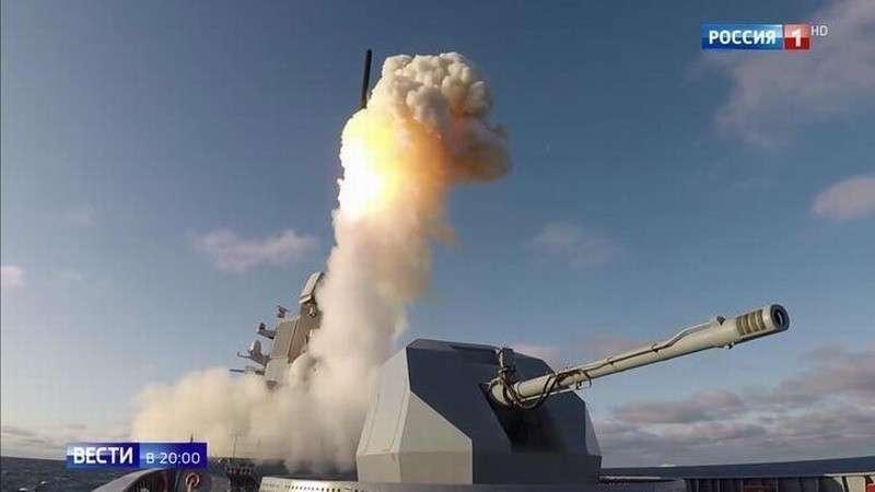 Путин показал Западу, что Россия готова нанести удар по агрессору из всех элементов ядерной триады