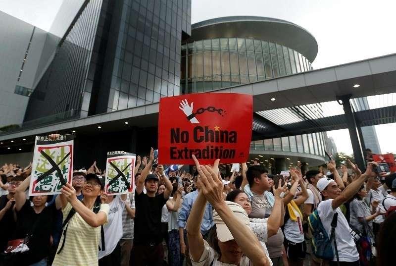 Элиты США определились: Гонконг надо оторвать от Китая