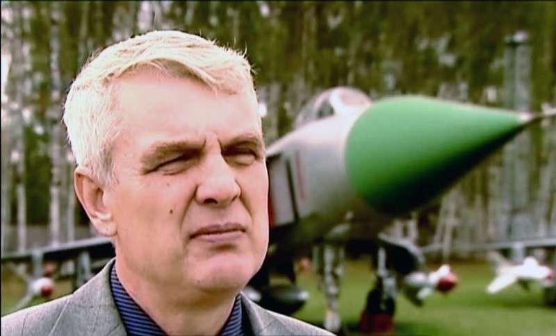 Мужество и героизм простых русских лётчиков: иду на таран!
