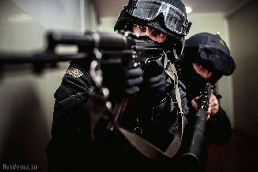 В Красноярском крае спецназ штурмом взял дом криминального авторитета