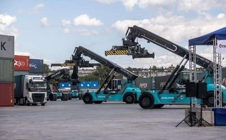 В Екатеринбурге открыта вторая очередь нового грузового контейнерного терминала