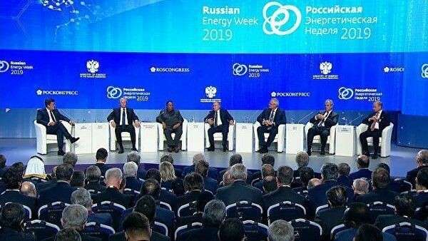 Путин пошутил о вмешательстве в президентские выборы в США