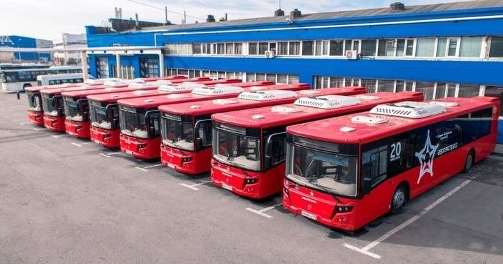 «Группа ГАЗ» поставила автобусы компании «Аэроэкспресс»