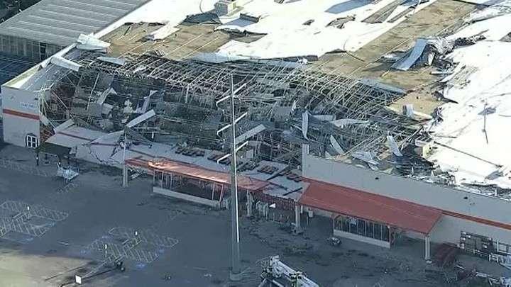 США. Мощный торнадо обрушился на Техас, десятки тысяч остались без электричества