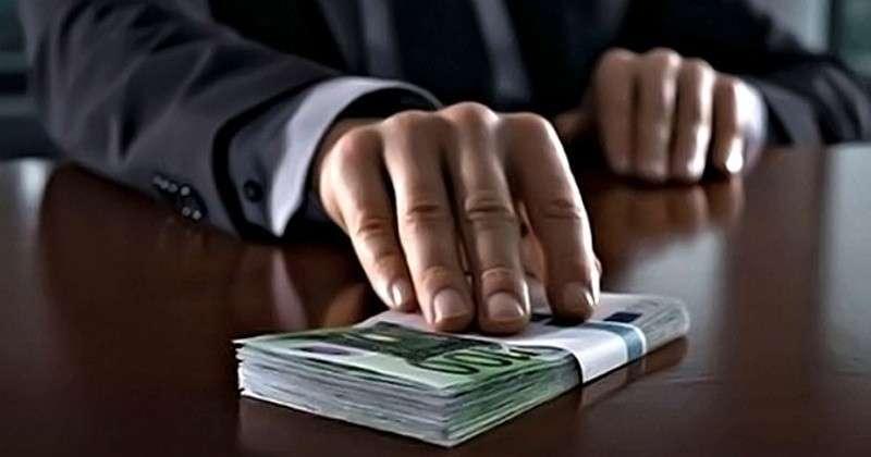 Госимущество, полиция и суд признаны самыми коррумпированными структурами в стране