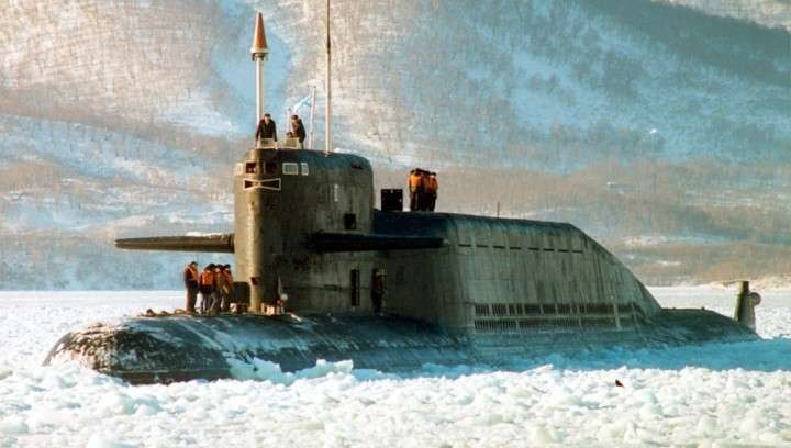 Пуск полного боекомплекта ракет с АПЛ в подводном положении