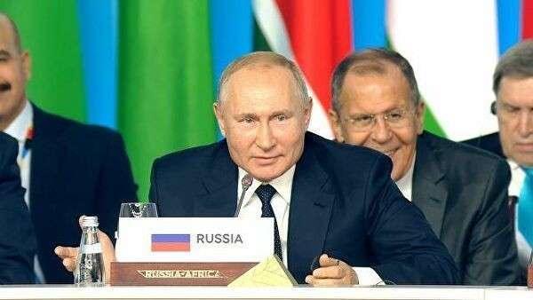 Вы ведете себя нескромно: Путин пошутил о рейтинге Doing Business
