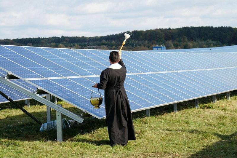 Как пилят деньги в энергетике России зеленые бесы типа Чубайса