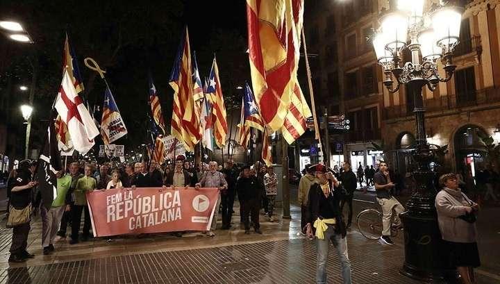 В Барселоне демонстрация за самостийность Каталонии переросла в столкновения