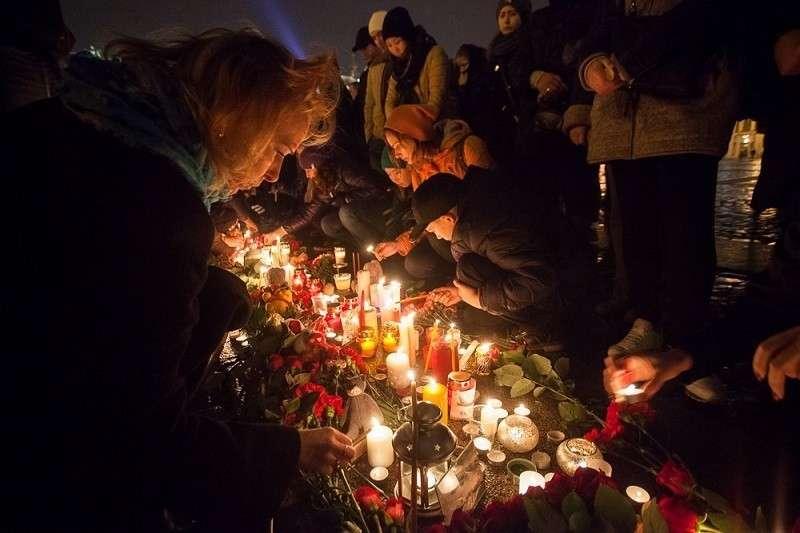 Теракт в А321 над Синаем. В Петербурге прошла панихида по погибшим