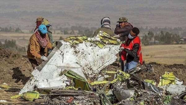 Место крушения пассажирского самолета Boeing 737 Max 8 авиакомпании Ethiopian Airlines в Эфиопии