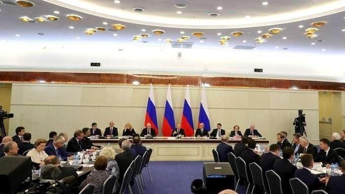 Заседание президиума Госсовета о задачах субъектов Российской Федерации в сфере здравоохранения