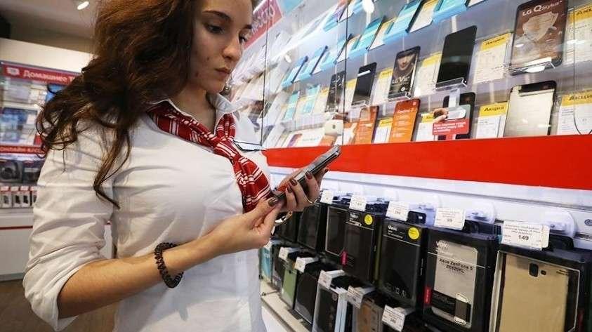 Госдума поддержала запрет на продажу смартфонов и компьютеров без российского ПО