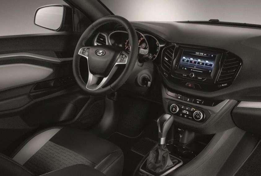 Новые фотографии и подробности о Lada Vesta с вариатором