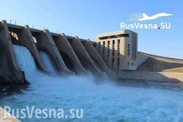 США чуть не смыли восток Сирии цунами, а Россия вернулась на важнейший стратегический объект | Русская весна