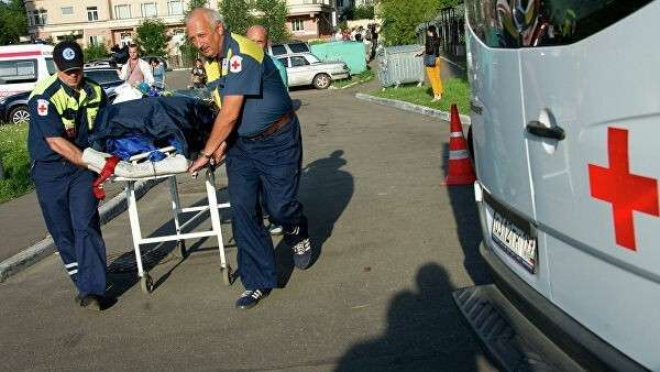 Пострадавших в ДТП доставляют в больницу