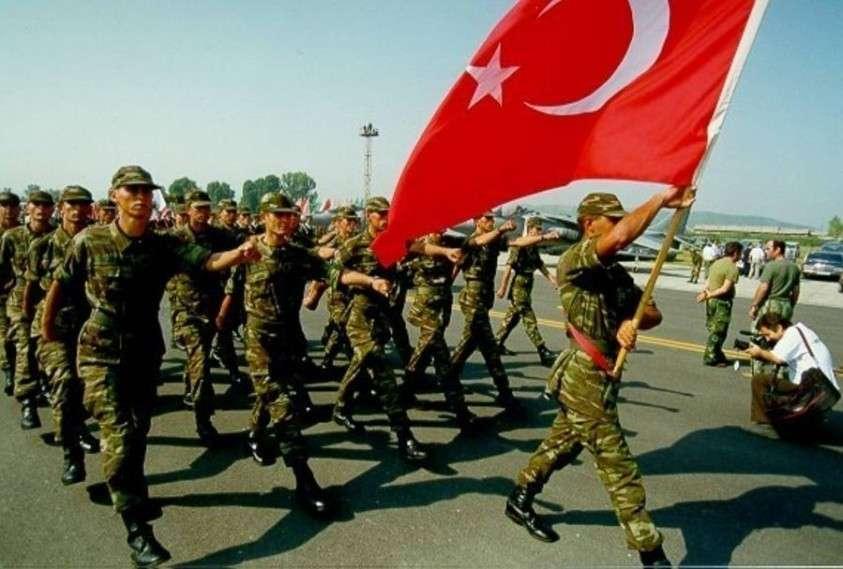 Турция проводит чистки в своих вооружённых силах, избавляясь от прямого американского влияния