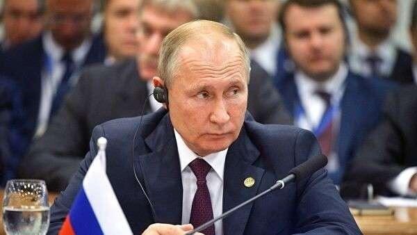 Президент РФ Владимир Путин на заседании лидеров стран БРИКС